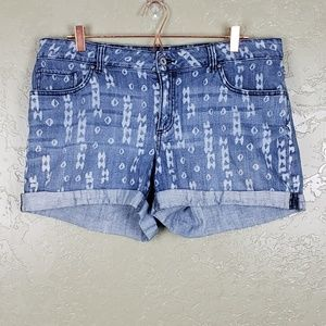 {Faded Glory} Plus Size Aztec Jean Shorts Size 16